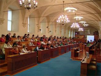 Senat 1 08